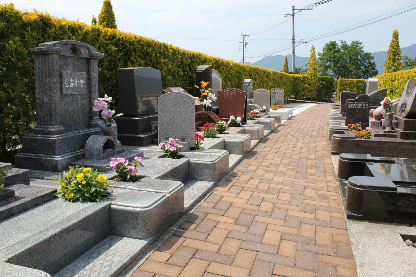 上田市公園墓地 エンゼルパークの区画